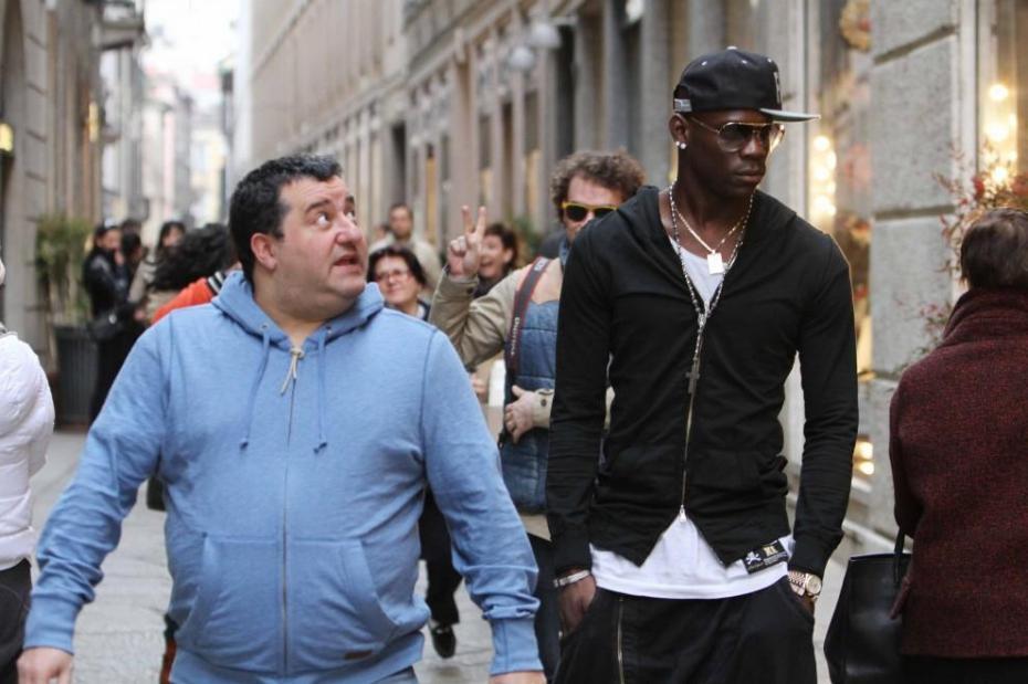 Europei 2016 Balotelli-passeggia-con-il-procuratore-mino